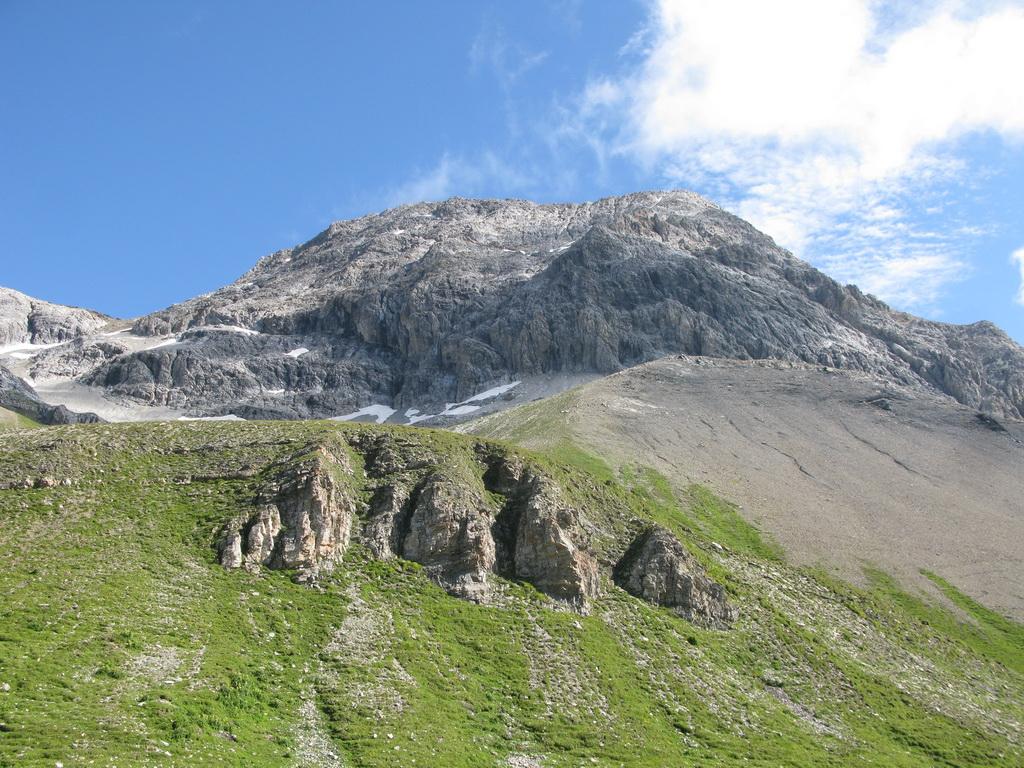 Horolezectvo - Albulské Alpy  Piz Üertsch 3267m. - Vetroplach magazin 950c6f72326