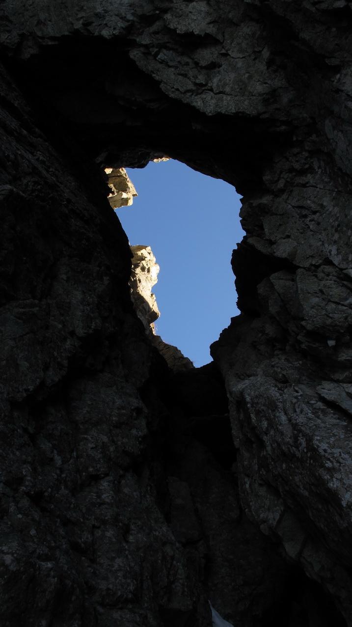 v-tatry-ostra-2350m-kratka-2374m-tunel-a-l�para
